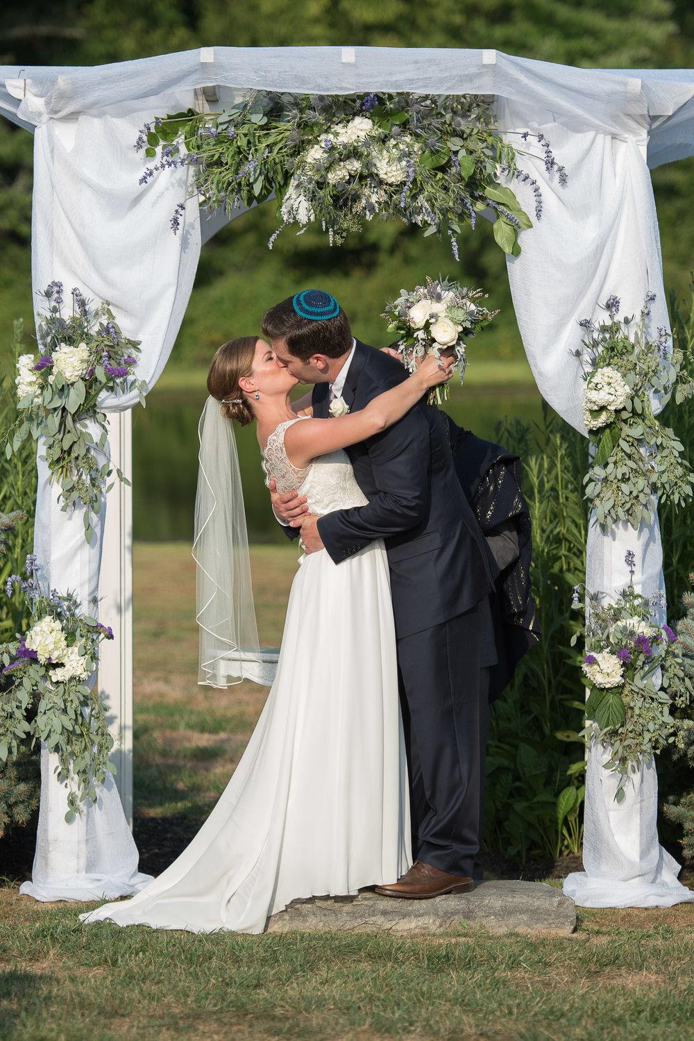 brandywine-wedding-tessie-reveliotis-photography-beautiful-and-blessed-events-049