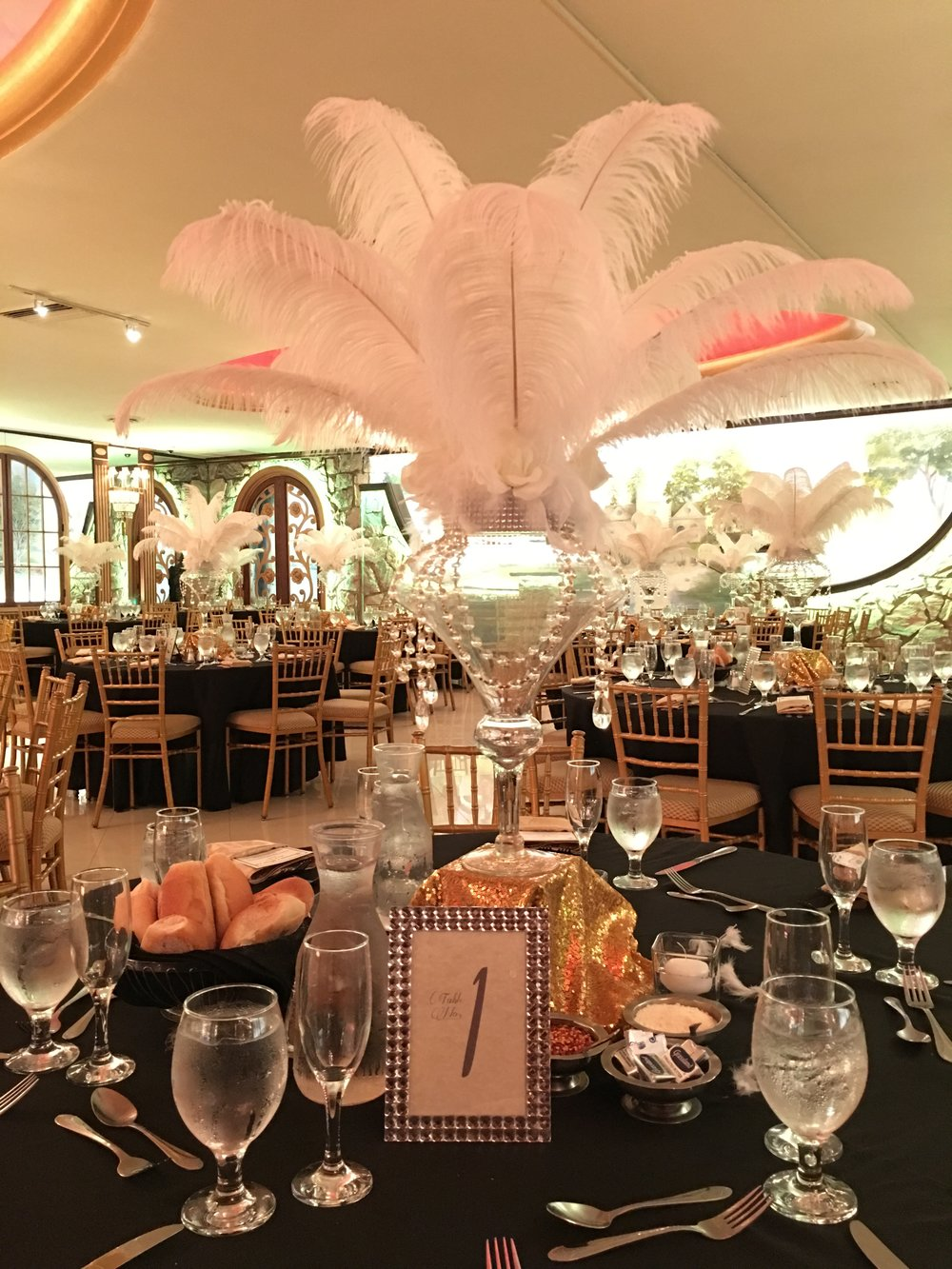 Feathered Centerpiece w/ Fancy Table Number