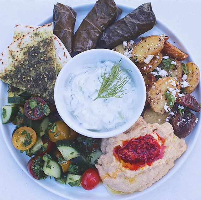 Current obsession: meze plates. Whenever I get tired of eating meat, I turn to other cultures for flavorful veggie inspiration (sorry American cuisine, your vegetables need help!) I homemade everything here and focused on Mediterranean/Middle Eastern flavors: lemon, parsley, feta, mint, olive oil, harissa, za'atar. I think this type of cuisine will be my mood for the rest of the summer! 😋 #vegetarianfood #meze