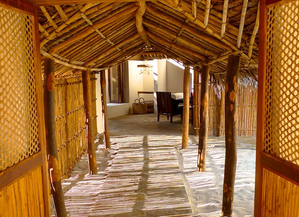 Family Banda corridor linking rooms.jpg