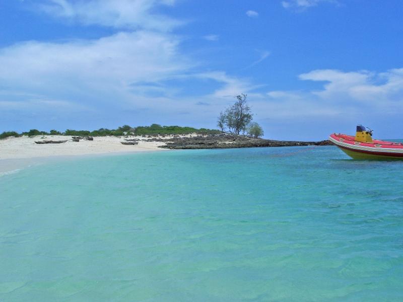 Rolas Island 02.jpg