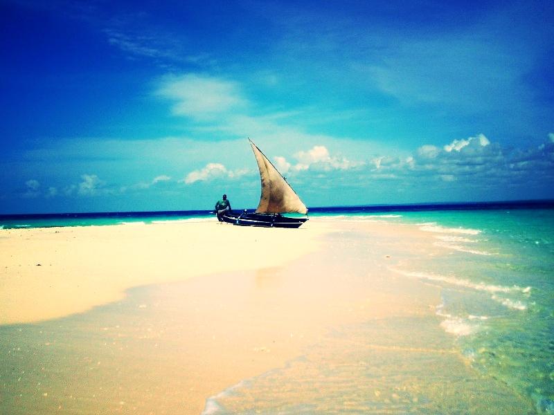 Rolas Island 01.JPG