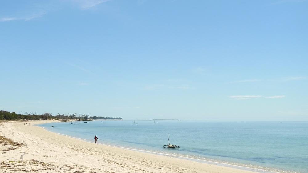 Beach Guludo 2.jpg