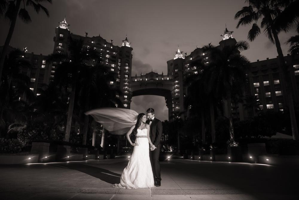 bahamas-bryllupsbilder-sort-hvitt.jpg