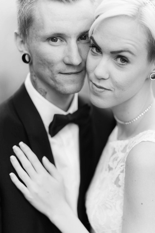 brudepar-sort-hvitt-portrett.jpg