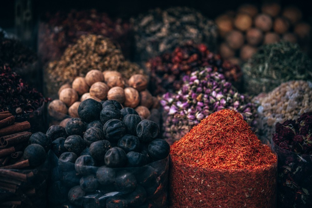 Many-Bags-Filled-With-Spices-at-the-Market-in-Dubai.jpg