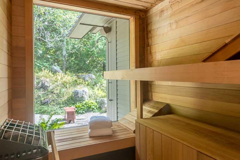 sauna-horizontal.jpg
