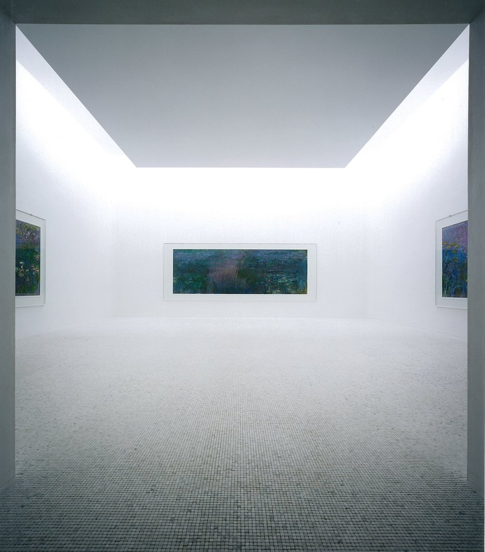 Water Lilies at Chichu Art Museum, Source: https://artwrite58.files.wordpress.com/2015/06/claude-monet-space-photonaoya-hatakeyama.jpg