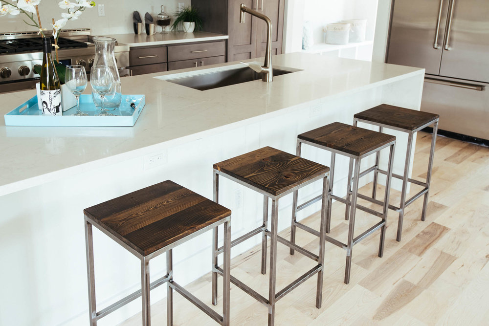 Milwaukee stools