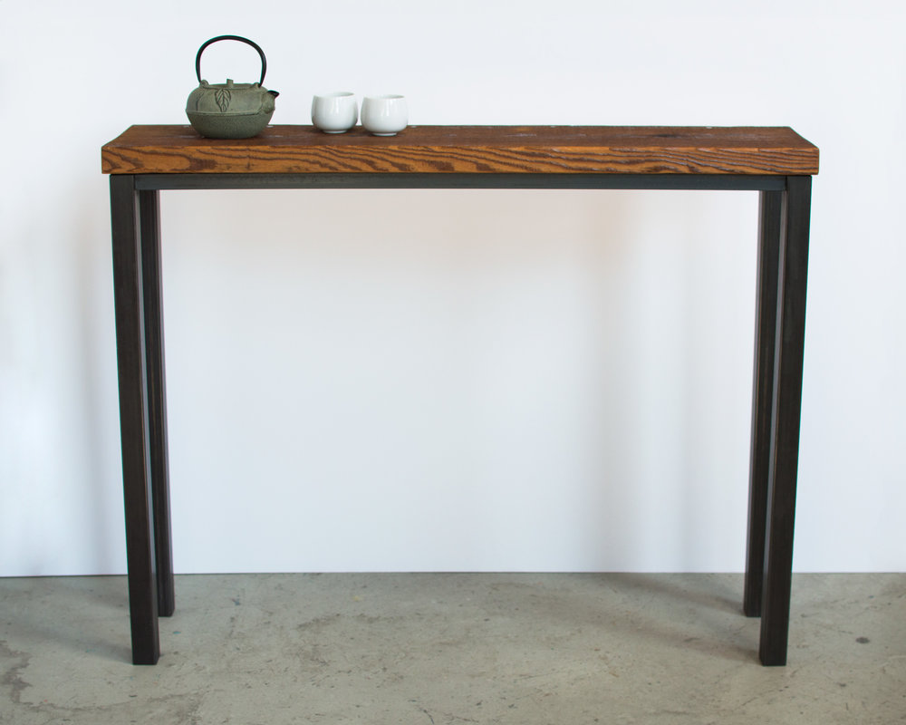 steel-reclaimed-wood-table-decor.jpg