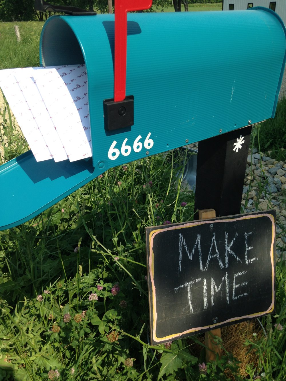 Make Time Sign And Mailbox.JPG