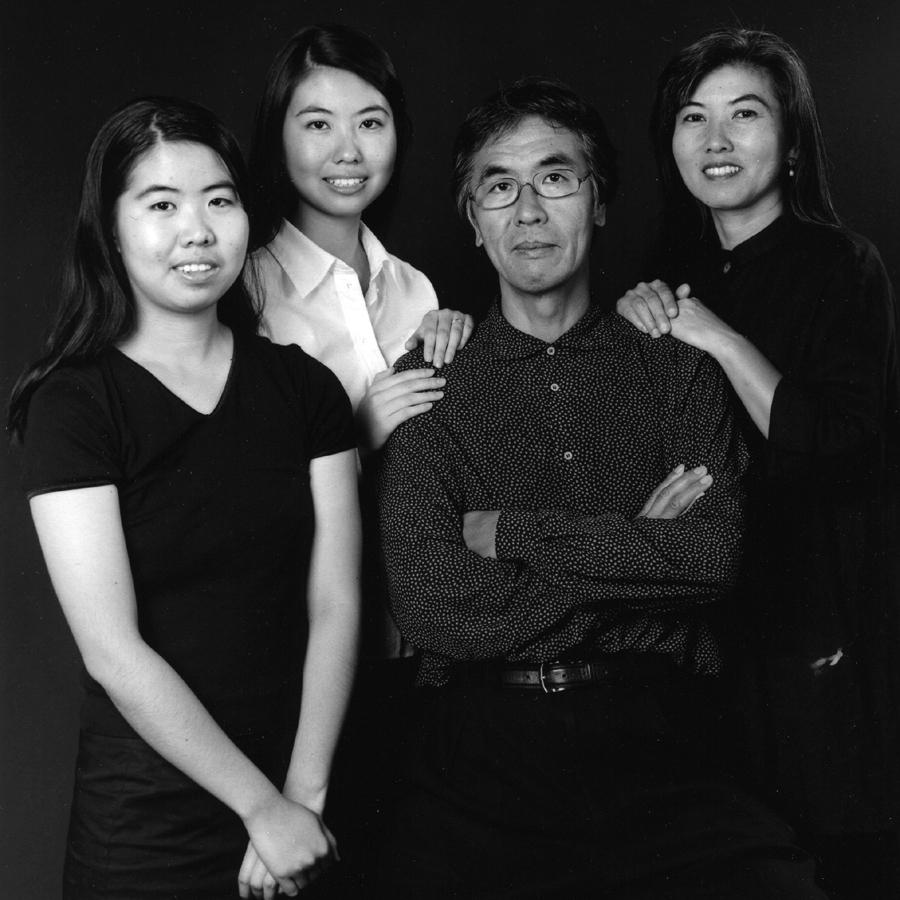 Maeda Family Portrait (2008)