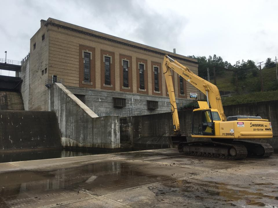 Start of Tippy Dam rock stabilization project