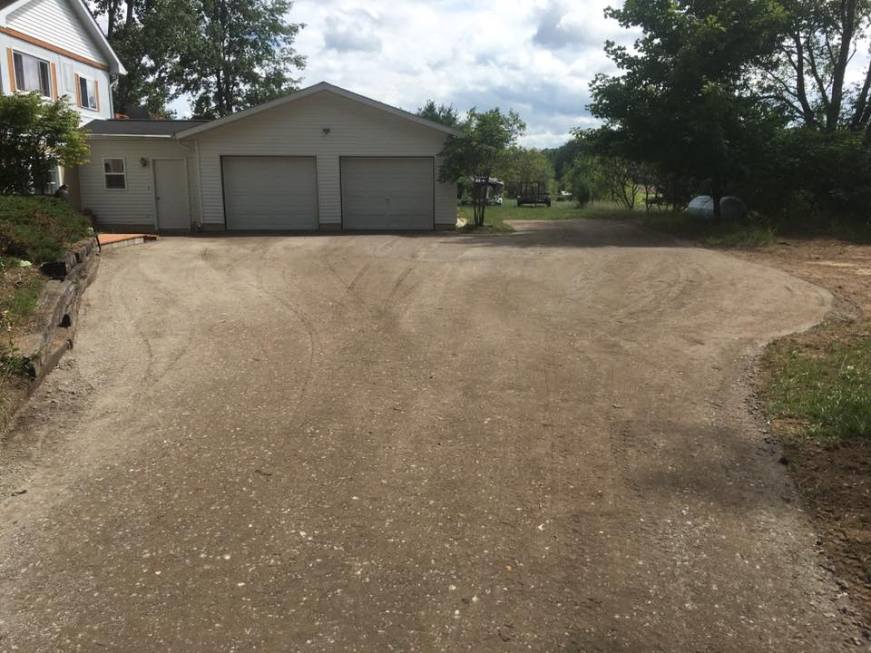 Residential gravel driveway work