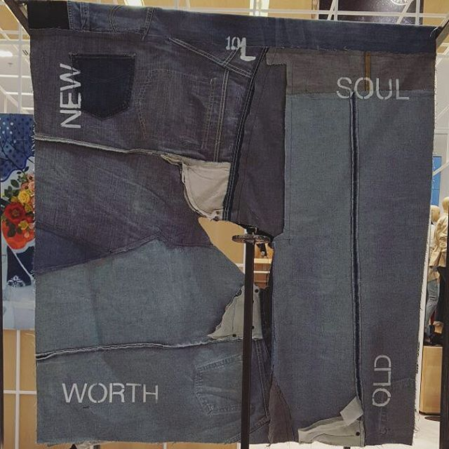 10L (the back side) steel structure, recycled jeans tapestry, miniature sewing machine 103cm x 116cm x 187cm  10 layers of denim spaced 10 centimeters apart. In numerology the number 10 has infinite potential. It is the number from which all things come and all must return. It is the new and the old, the soul and it's worth.  This is our piece for the #RecycleYourBlues project. A big thanks to @gapmiddleeast for giving us this opportunity.  #art #charity #dubai #denim #steel #NEW #OLD #SOUL #WORTH #Kuwait #sewingmachine