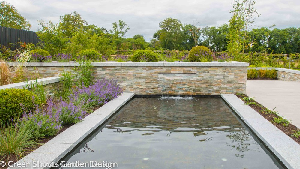Garden design - water feature