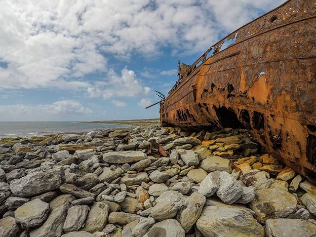 Island Life... #Adventure #Ireland #beach #summer #sky #boat #ship #shipwreck #clare #stoner #insta #instagood #instadaily #trip #holiday #holidays #adventures #landscape #nature #natural #naturephotography #travel #travelling