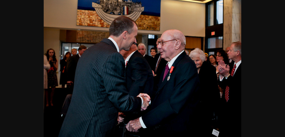 Washington Consul General Olivier Serot Alméras honors WWII veterans at the Embassy of France
