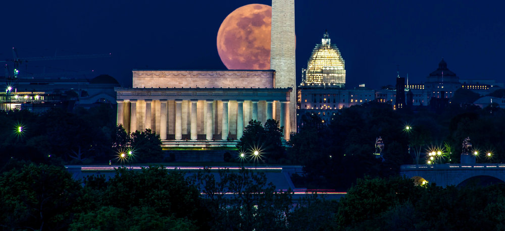 DC full moon Lincoln Memorial Postcard view meetup copy.jpg