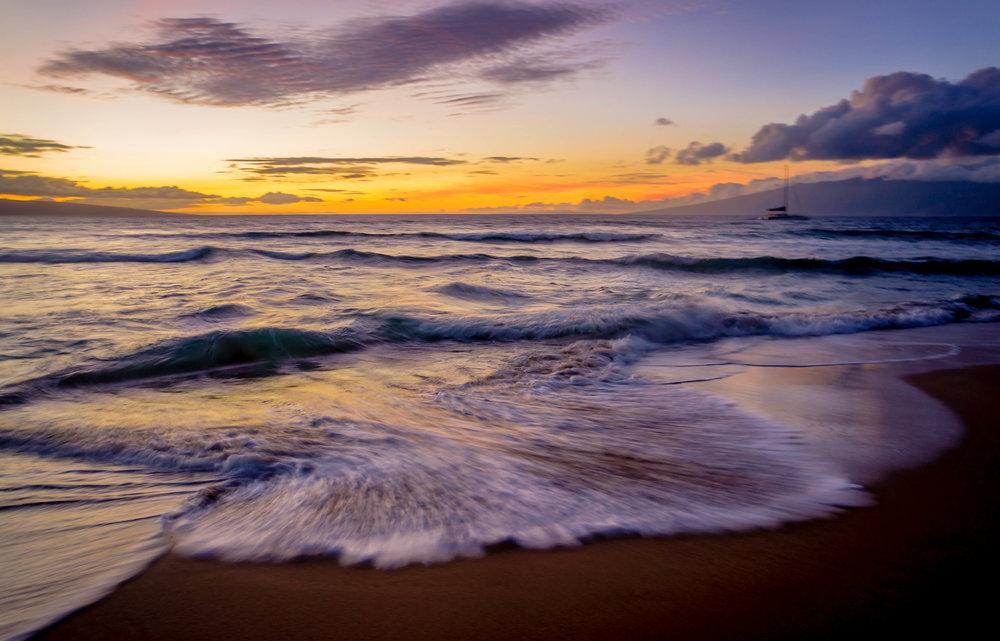 Hawaii - Kaanapali Coast - Waves.jpg