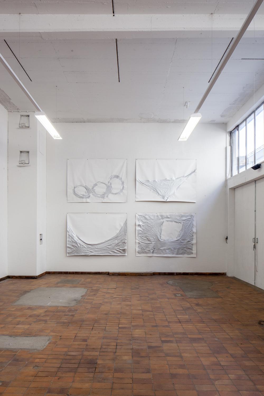 """Ausstellungsansicht:  """"MAGMA #1"""", Kunstraum Hermann, Hochdorf, 25.4. - 4.7.2015  Eva Stürmlin, """"Campo Felice I - IV"""", 2014-2015, Acryl auf Leinen, je 153 x 210 cm"""