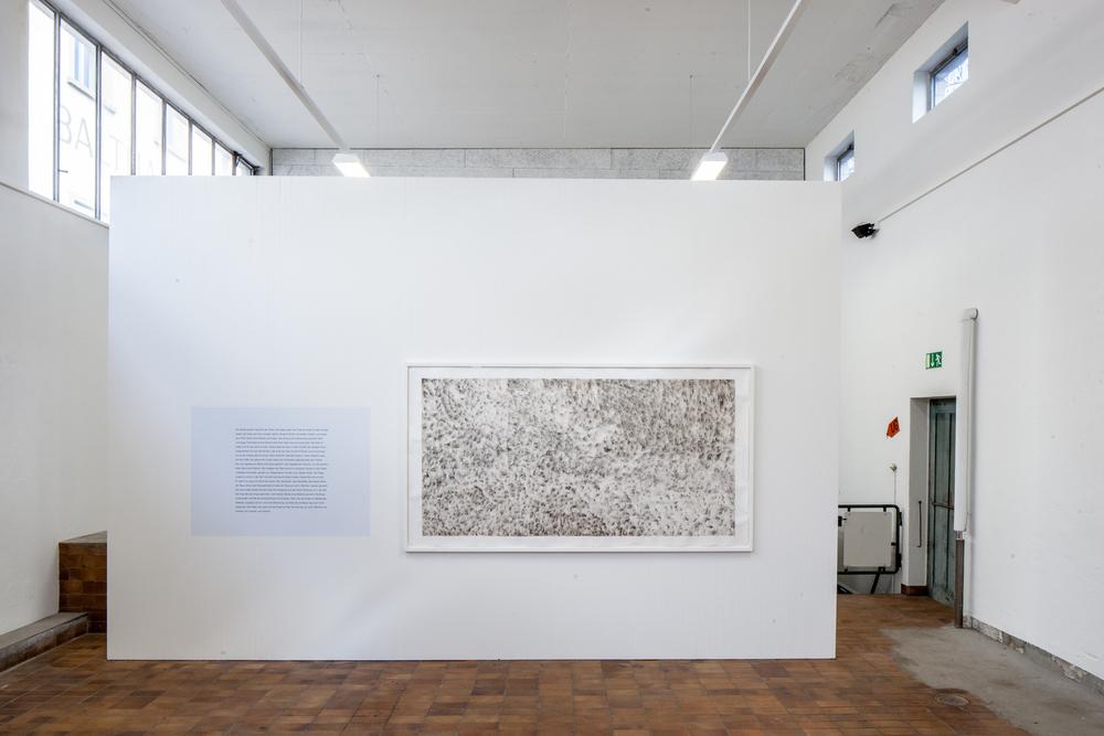 """Ausstellungsansicht:  """"MAGMA #1"""", Kunstraum Hermann, Hochdorf, 25.4. - 4.7.2015  Peter Stobbe, """"Little Theory"""", 2014, Aquarell gerahmt; Text auf der Wand, 130 × 245 cm; 90 × 125 cm,2-teilig"""