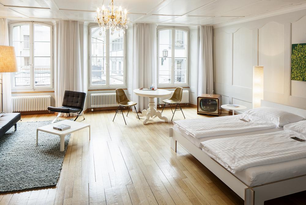 Für:  Schweizer Heimatschutz  Publikation: Die schönsten Hotels der Schweiz
