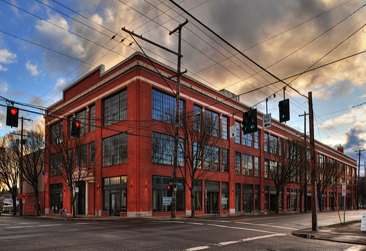 90+ Tenant community consisting of artists, makers, start-ups and growing small businesses.  Featuring tall ceilings, great window lines, shared conference rooms, call rooms, interior bike storage, showers, secured access, available parking, art gallery and event space.