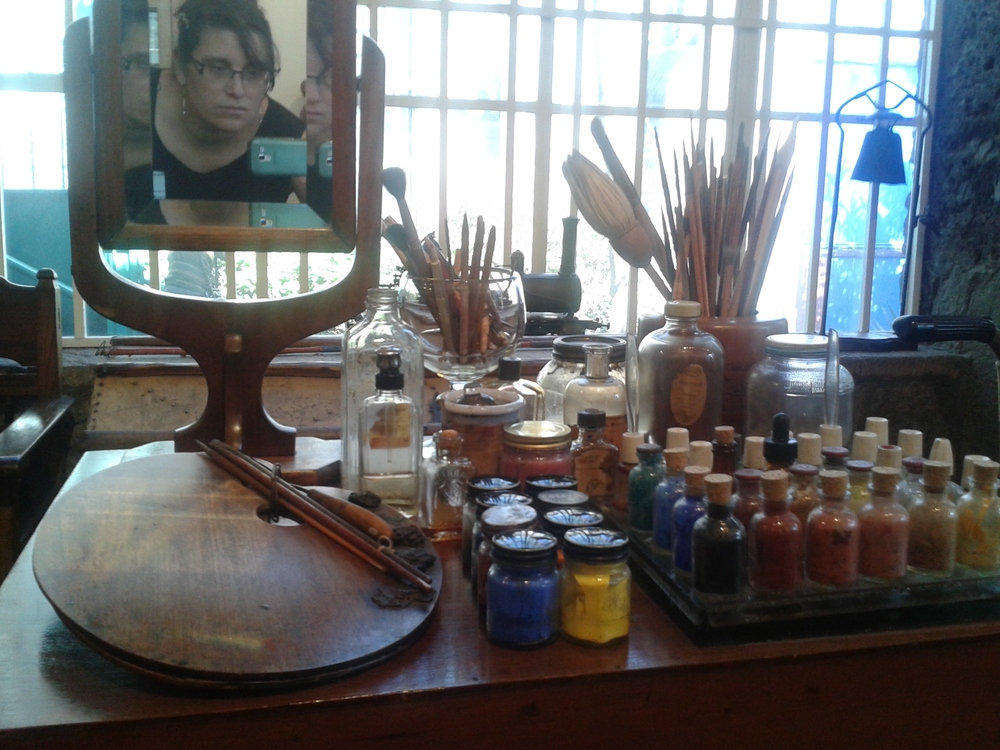 Selfie taken in Frida Kahlo's studio mirror.