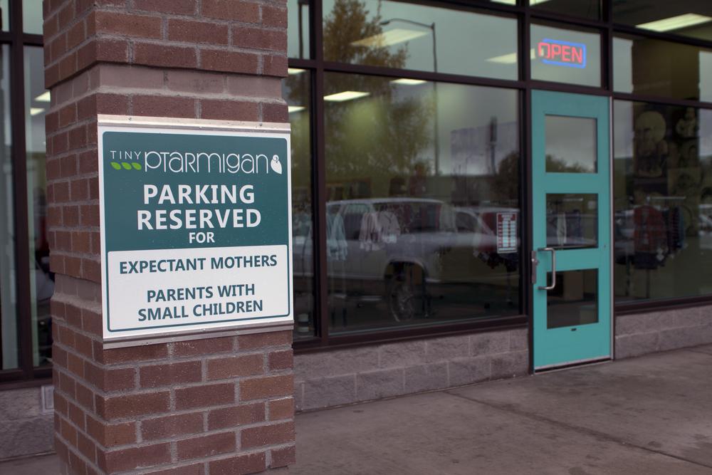 4. sign_parking2.jpg
