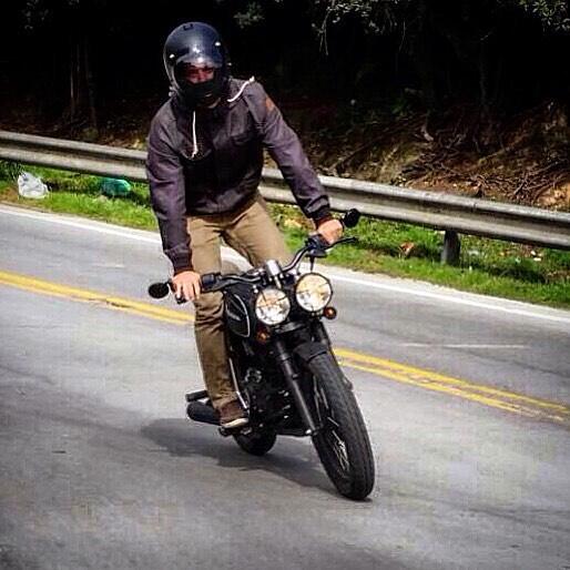 ¡Nada como escapar de la rutina en una Martinica! 0 km personalizada. ¿Qué esperan para montarse en una? _________________________ #Personalizada #Motos #DosRuedas #Bogota #Estilo #Poder #Variedad #Martinica