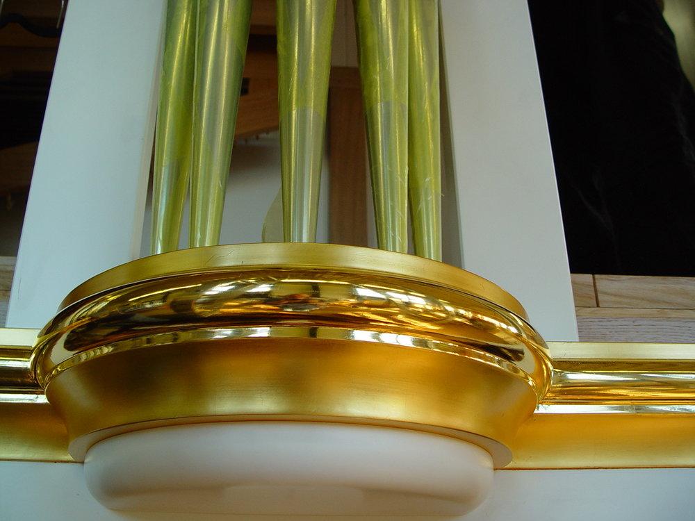 Gold molding.jpg