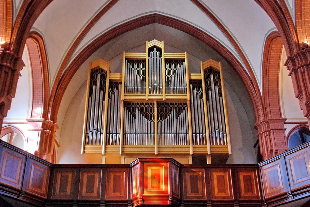 Orgel-Dreieinigkeitskirche2.jpg