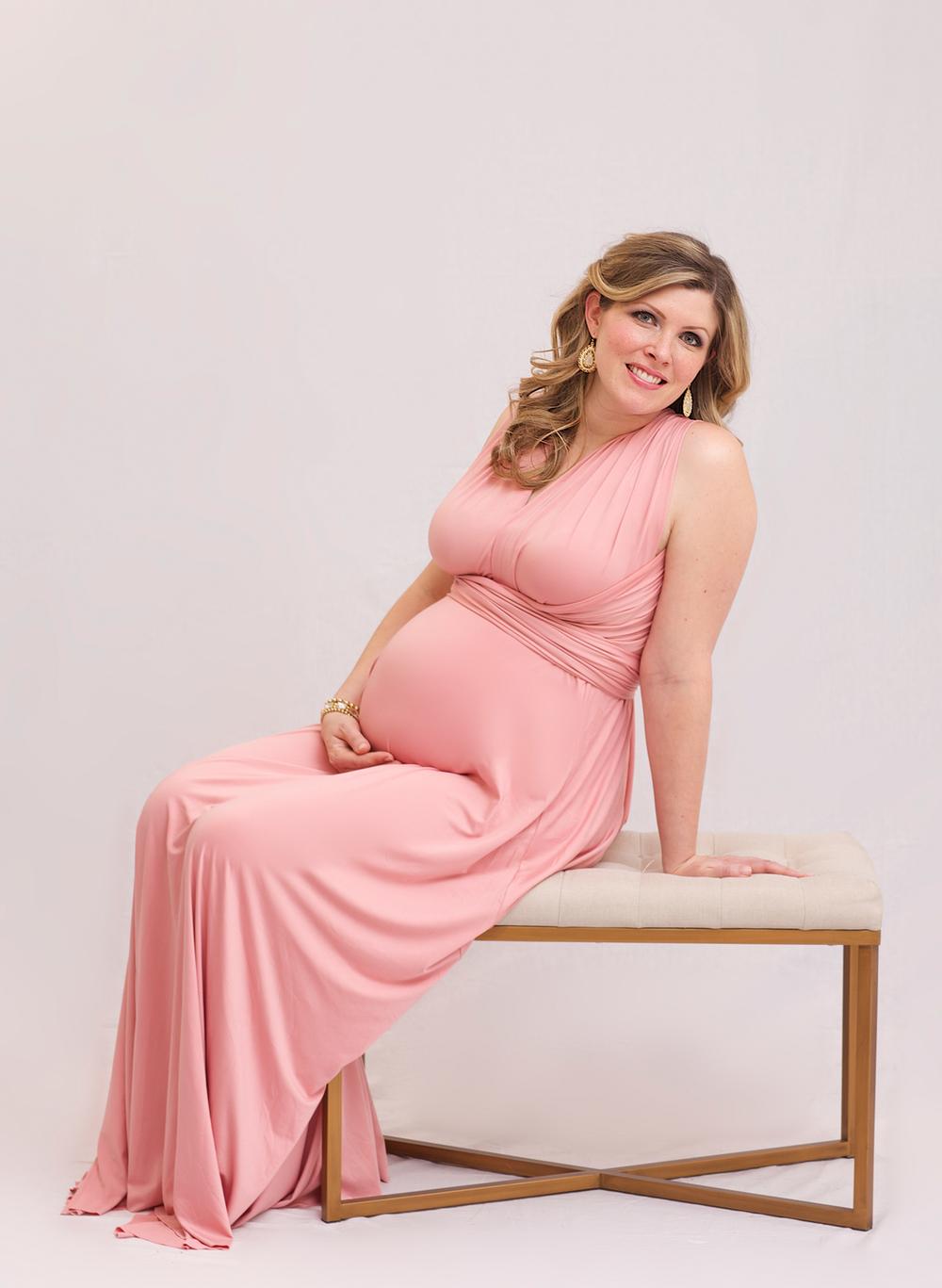 Christmas-maternity-session-10.jpg