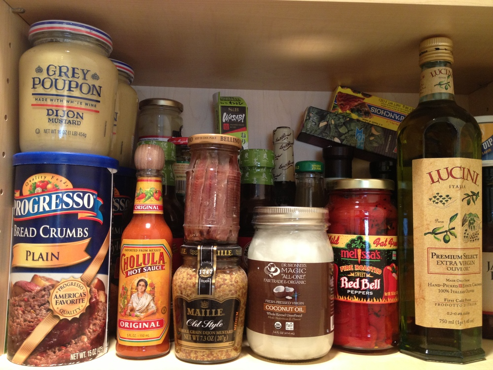Yes I admit I love to organize my pantry!