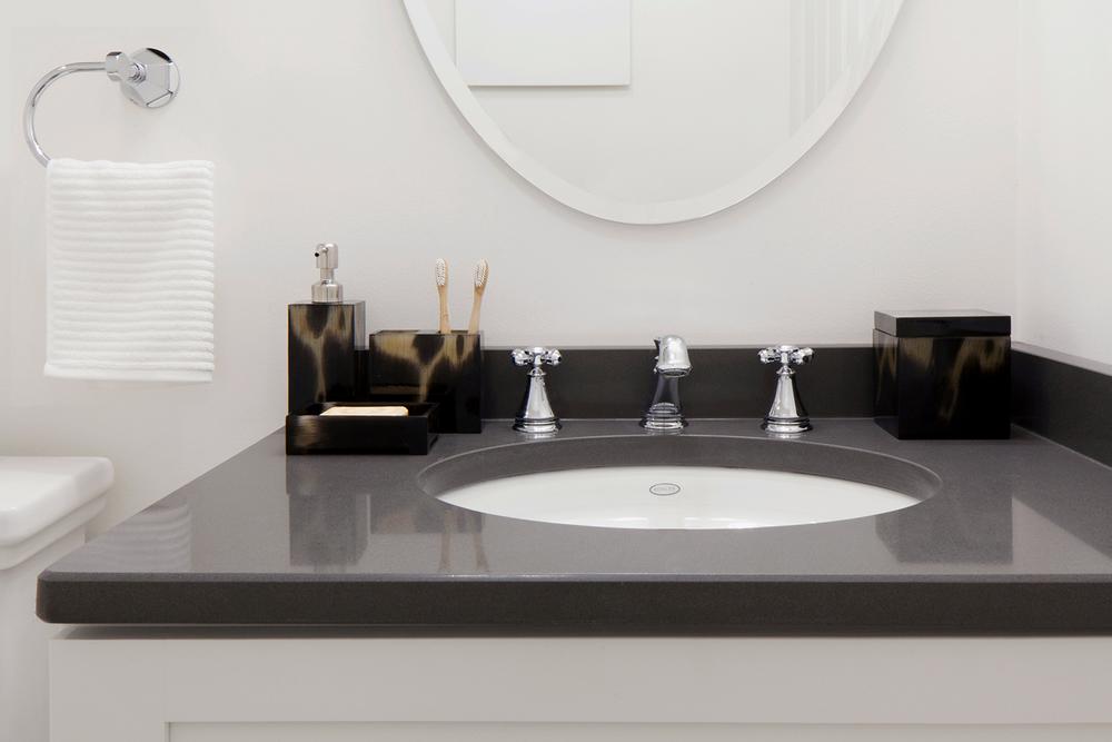 touraine-annex-bathroom-dark-1.png