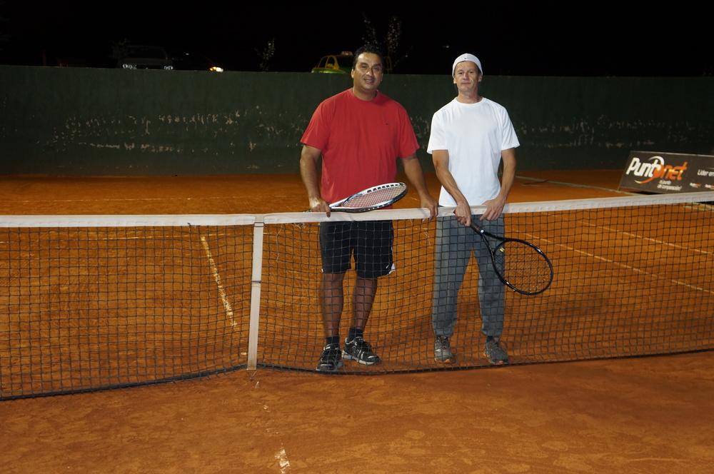 Ecuador MVI Tennis (16).JPG