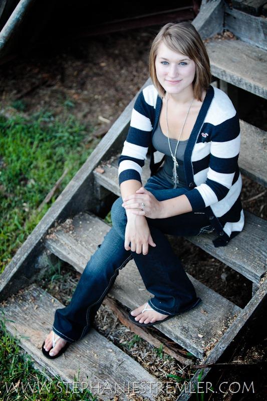LyndenSeniorPhotographerS8-12-10Tori-106