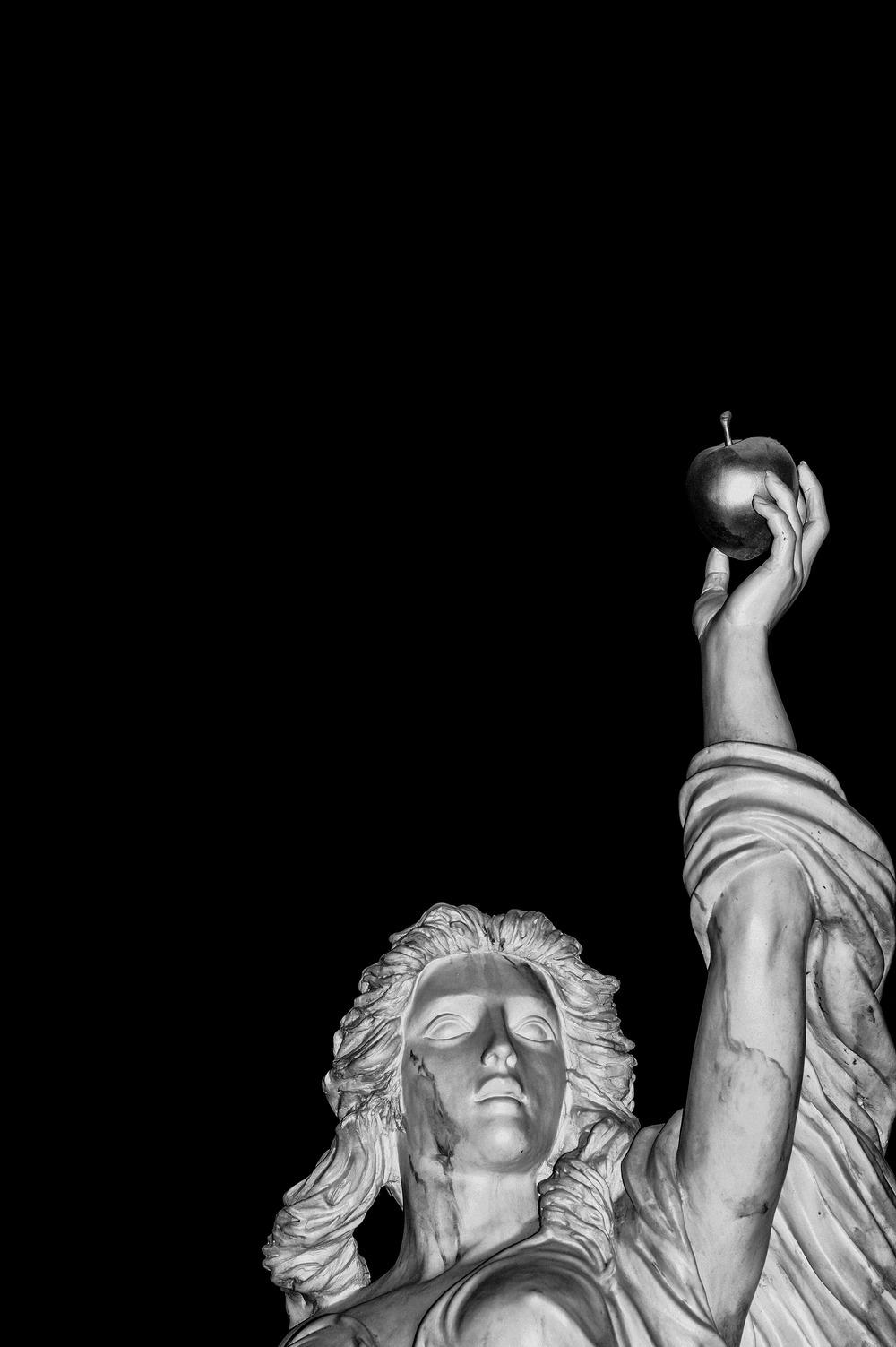 L1012359-Edit-2-shrunken-2-light-apple.jpg