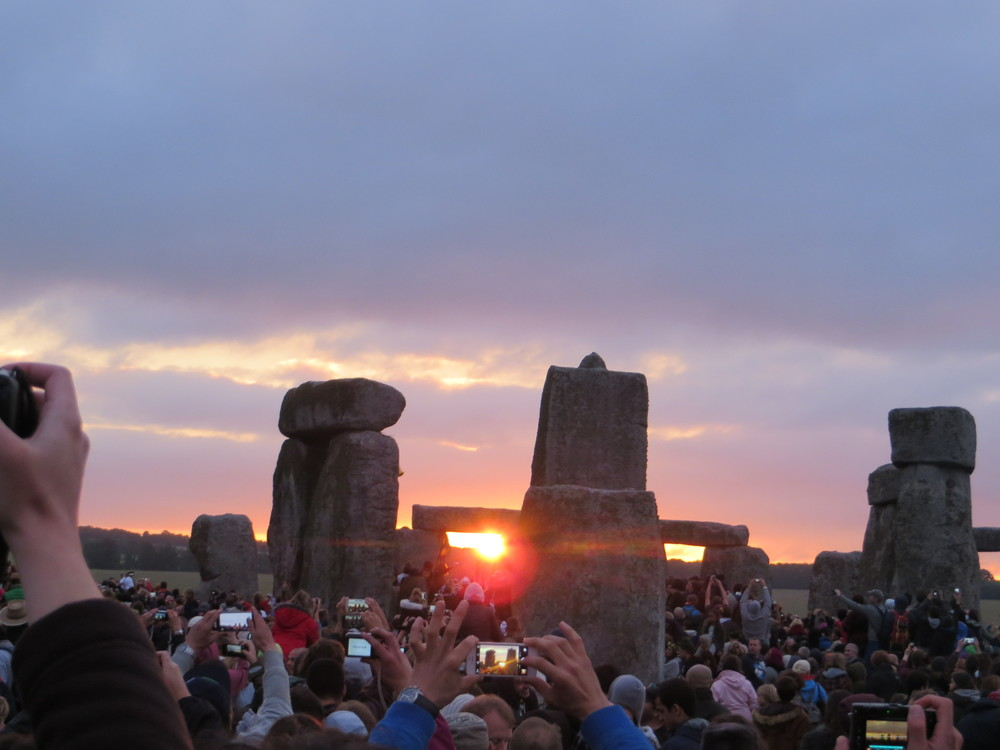 Sun rising at Stonehenge on 21 June 2015