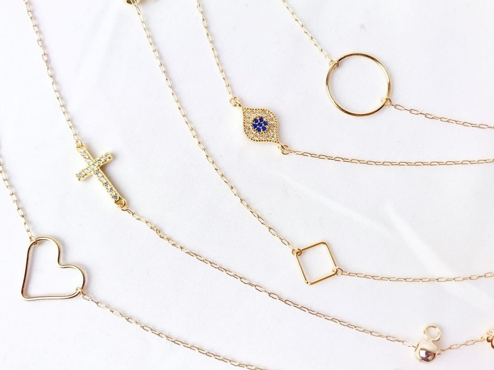 La Meno Jewelry