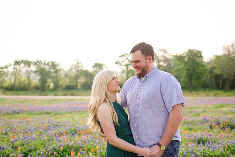 © 2017 Stephanie Alys Photography | Blog » Brenham Bluebonnet Engagement Session