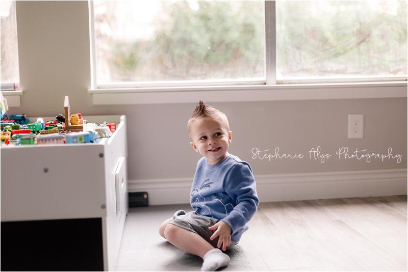 © 2018 Stephanie Alys Photography » Birthday Cake with Olaf! | Cypress, TX Cake Smash Photographer