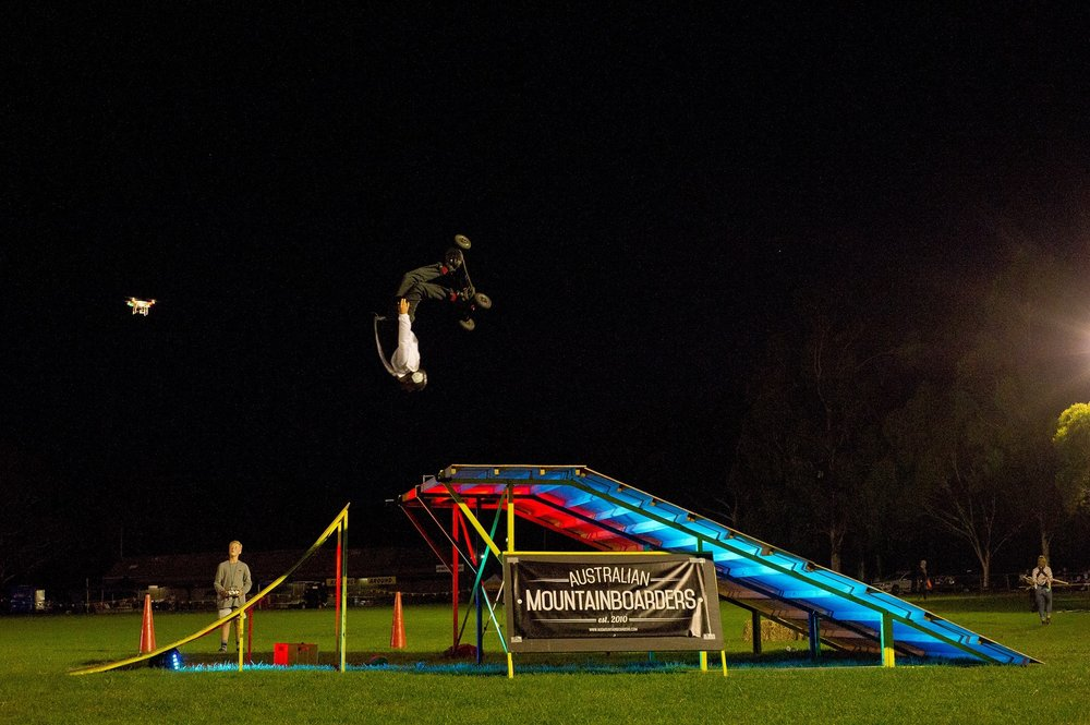 Extreme Sports event entertainment, stunt show hire, mountainboard lessons, mountainboarding show