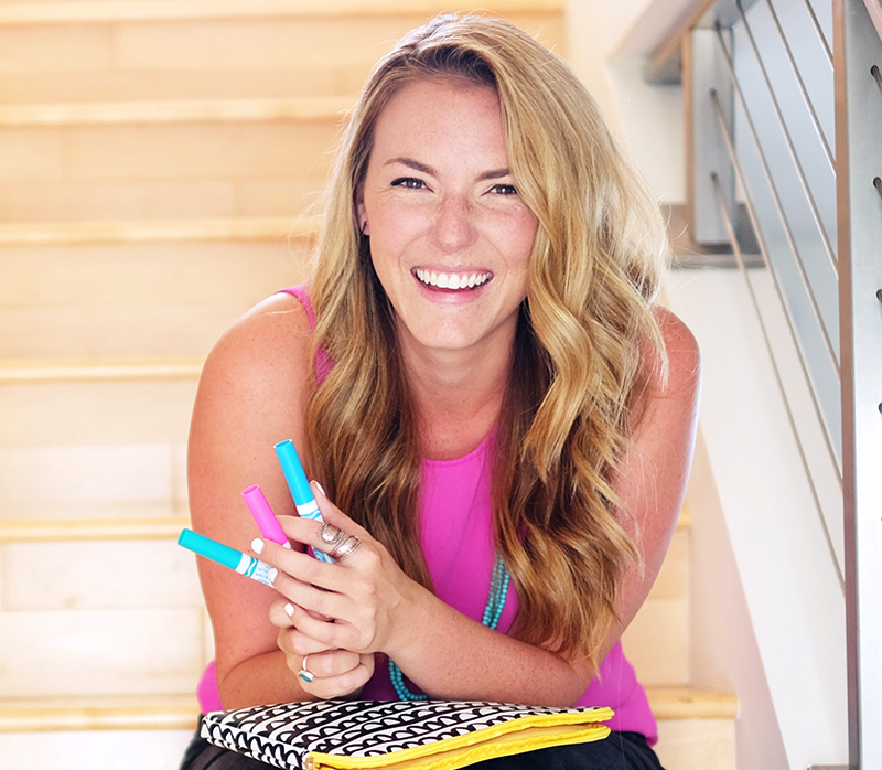 Caroline Kelso Zook -      Artist + Happiness Hunter