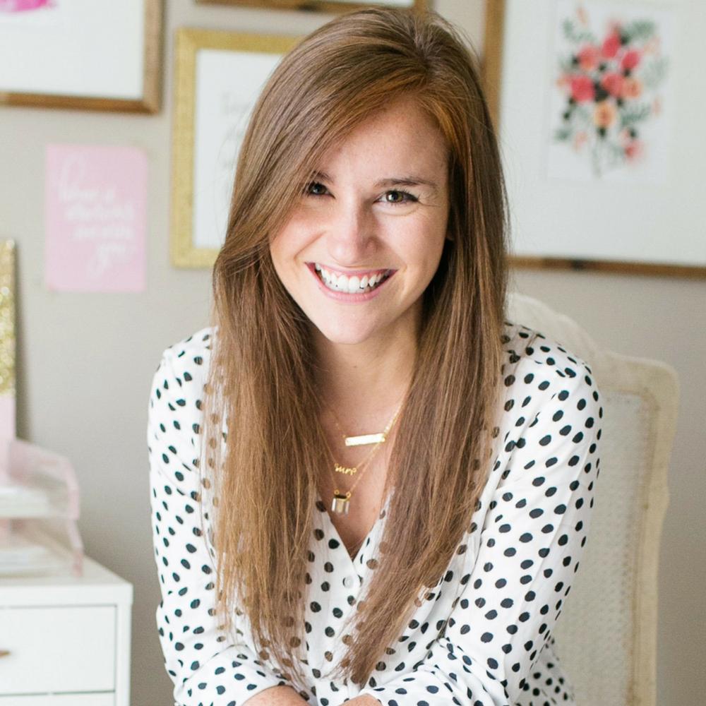 Bonnie Bakhtiari - Brand Designer & Strategist for Creatives