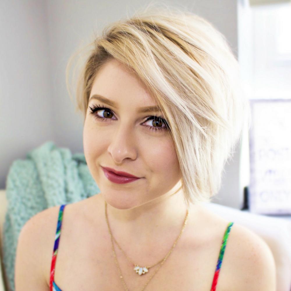 Alex Lawless - Brand Designer + Empowerment Guru