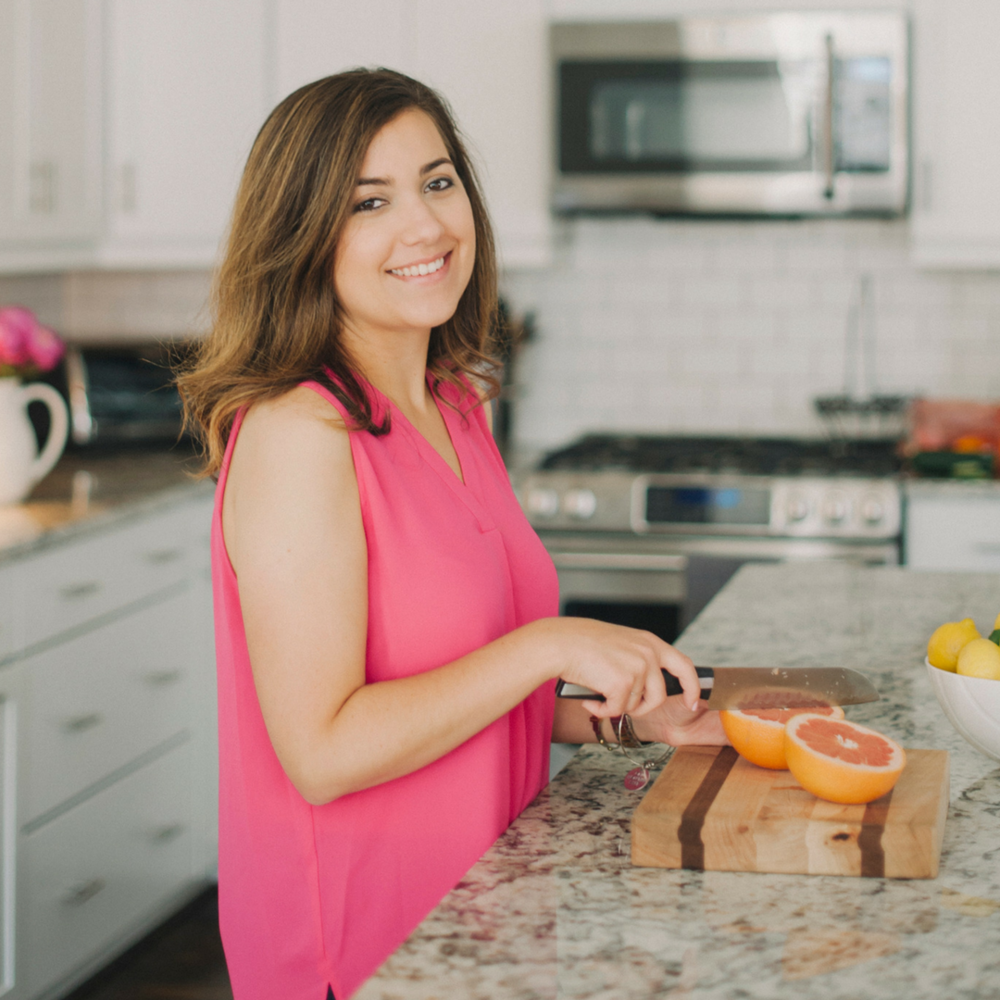 Samara Abbott - Registered Dietitian helping busy women