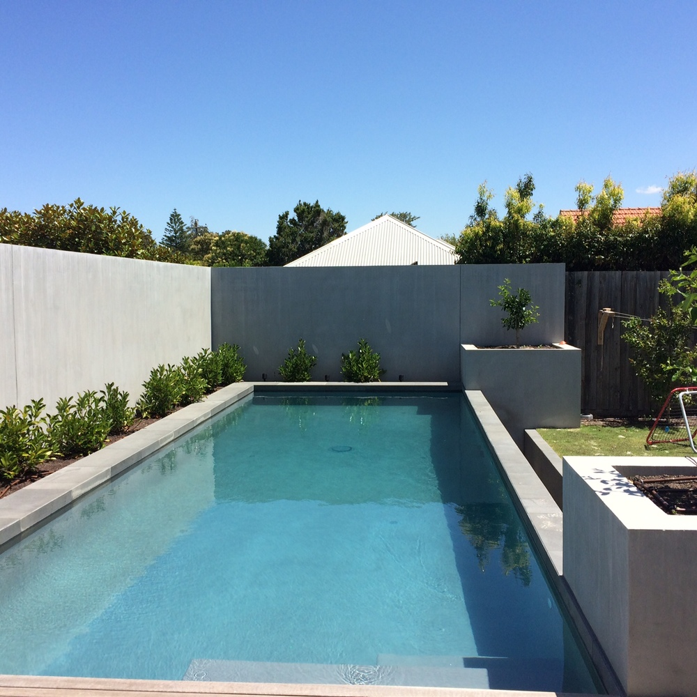 Polished concrette feature walls.