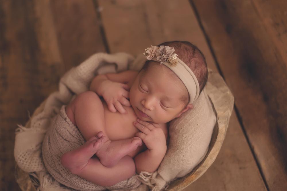 Tustin and Irvine newborn photography